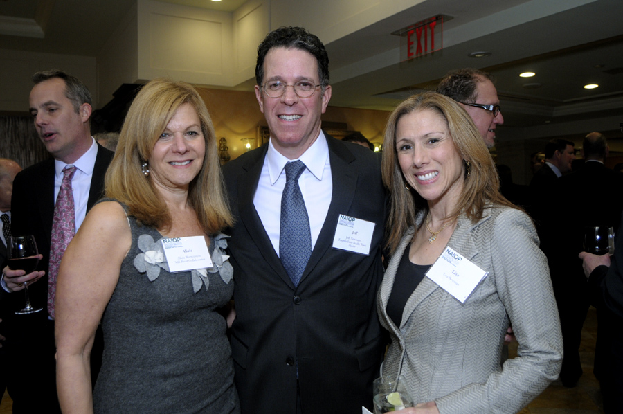 (l to r) Alicia Wettenstein. Jeff Newman ,and Lisa Newman