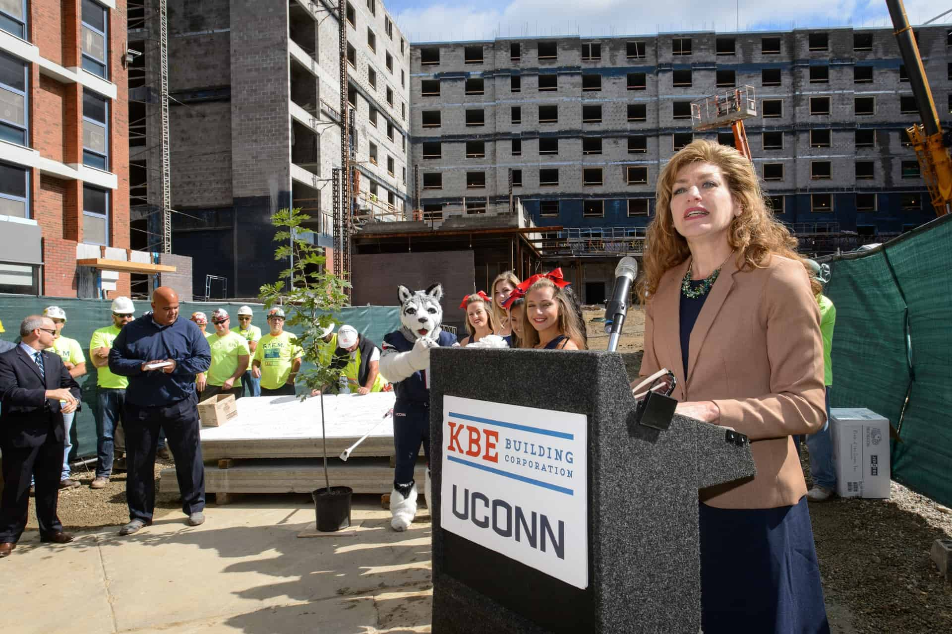 President Susan Herbst speaks during the topping off ceremony for the STEM residence hall on Sept. 14, 2015. (Peter Morenus/UConn Photo)