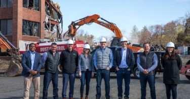 Revolution Labs Groundbreaking Team_April 2021